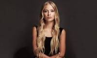 Haarschnitt für alle Längen inkl. Haarkur, optional mit Ansatzfarbe, bei Parisa Hair (bis zu 52% sparen*)