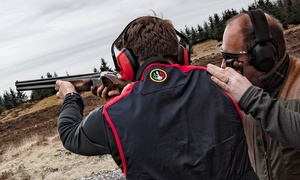 Central Scotland Shooting School : Clay Pigeon Shooting with 25, 50 or 100 Clays and Introduction Lesson at Central Scotland Shooting School