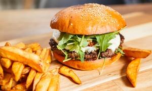 Bart's Burger & Bar: 2 burgery, 2x frytki i 2x sałatka coleslaw za 44,99 zł i więcej opcji w Bart's Burger & Bar (do -31%)