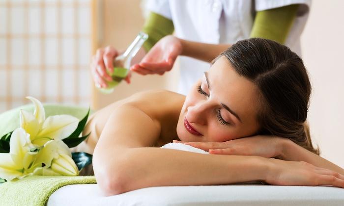 Beautystar massage - Bellflower: 40-Minute Deep Tissue Swedish Back Massage with Foot Reflexology at Beauty Star Spa (52% Off)