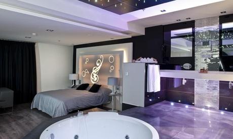 Zaragoza: 1 noche para 2 en suite con ducha o bañera con chorros, detalle y opción a desayuno y cena en Hotel Kadrit 4*