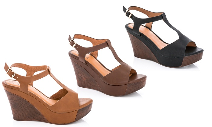55b539ce42 Up To 66% Off on Lady Godiva Women's Sandals | Groupon Goods