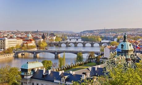 Praga: fino a 3 notti per 2 persone con colazione, accesso illimitato alla piscina e alla sauna all'Hotel Duo 4*