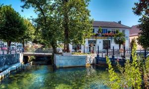 Divonne-les-Bains : studio ou appartement avec petit-déjeuner Divonne-les-Bains