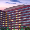 Stay at Holiday Inn Hotel & Suites Chicago-O'Hare/Rosemont