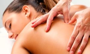 Beauty and Relax: Desde $229 por 1 o 2 sesiones de masaje descontracturantes o sedativos + reflexologia en Beauty and Relax
