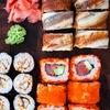 Sushi box d'asporto con 60 pezzi