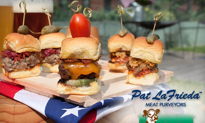 Pat LaFrieda Meat Purveyors - Upper East Side: $79 for a Pat LaFrieda Meat Sampler with Steak Knives and Steak Sauce from David Burke at Bloomingdale's ($186 Value)