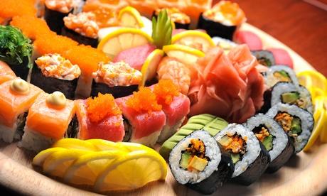 Menú para llevar de sushi para 2 o 4 personas con botella de vino desde 19,95 €