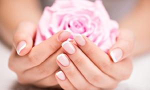 Beauty Code Relooking: Semi-permanente nagellak en/of handverzorging en exfoliatie of gelnagels vanaf € 14,99 bij Beauty Code Makeover