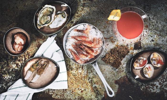 Brutti Di Mare - Navigli: L'Happy Hour con ostriche e Champagne per 2 persone al ristorante Brutti Di Mare in Darsena (sconto fino a 55%)