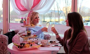 Wilde Matilde: Afternoon-Tea mit Crémant und Etagere für 2 oder 4 Personen im Erlebnis-Restaurant Wilde Matilde(62% sparen*)