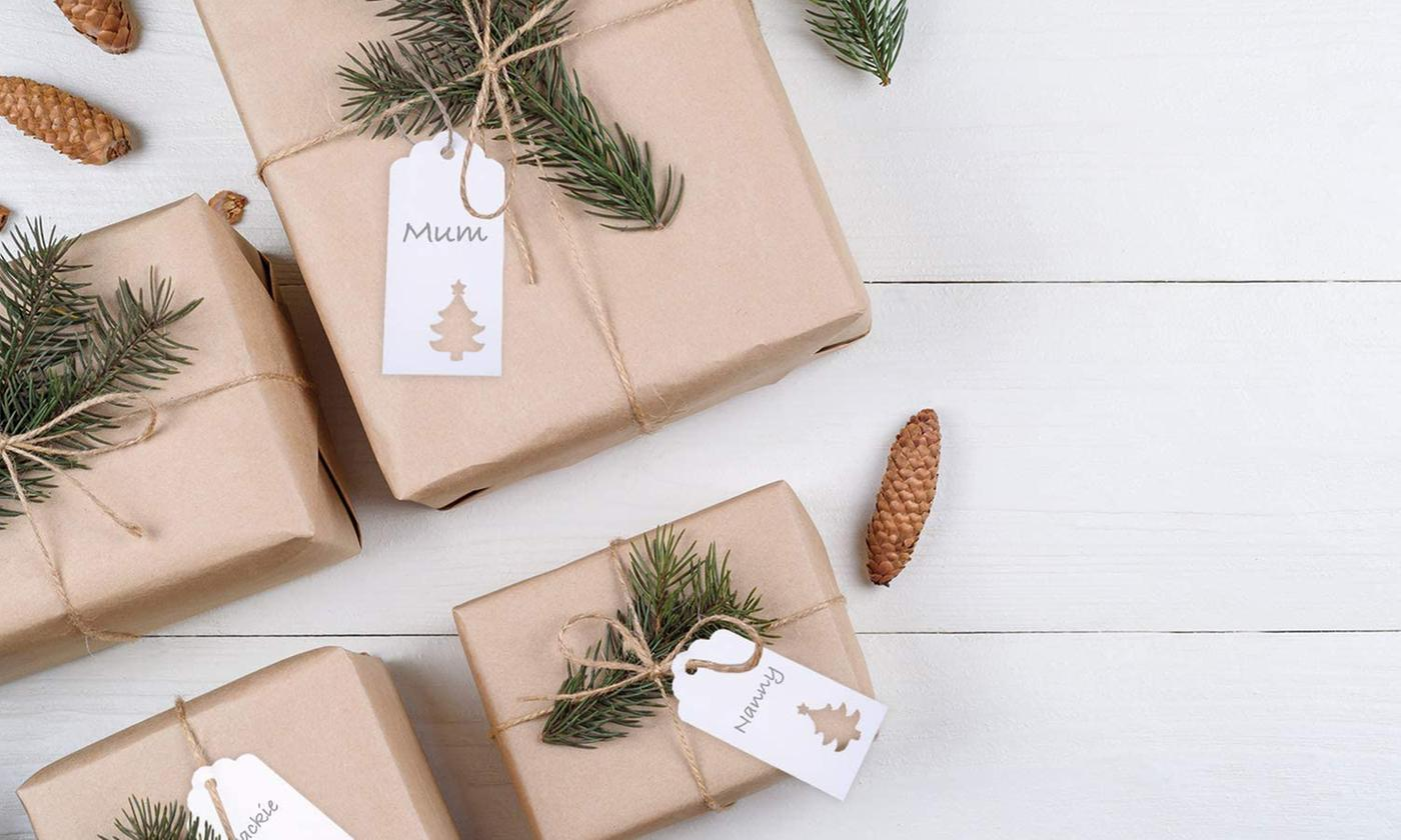 100-Pack of White Christmas Gift Tags with Jute Twine