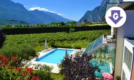 Lago di Garda: camera con colazione e aperitivo per 2 a 44,10€euro