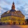 Nabij Maastricht: 2 of 3-persoonskamer in spiksplinternieuw hotel