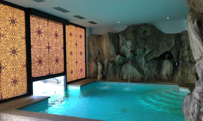Percorso spa di coppia a scelta con massaggio da La Sesia Beauty Beach (sconto fino a 83%)