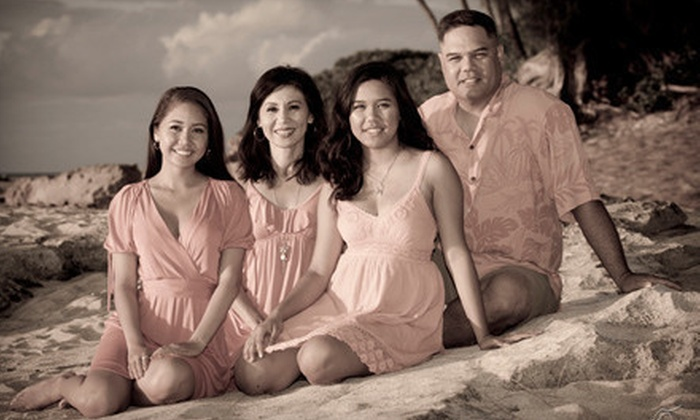 Hawaiianpix - Honolulu: $75 for Individual, Couples, Family, or High School Senior Photography Package with One-Hour Photo Shoot and Two Sets of Prints from Hawaiianpix ($350 Value)
