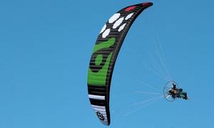 Volopuro Associazione Sportiva Dilettantistica: Volo su paramotore con istruttore o corso di avvicinamento al volo con Volopuro (sconto fino a 64%). Valido in 3 sedi