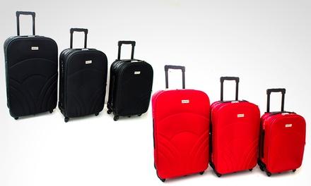 d942e6a86 Desde $2439 en vez de $3680 por set de 3 valijas semirrígidas en color a  elección