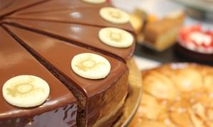 Wiener Kaffeehaus im 5* Hotel Derag de Medici: Wiener-Kaffeehaus-Nachmittag für 2 o. 4 Personen im Wiener Kaffeehaus im Luxushotel Derag de Medici (bis zu 36% sparen*)
