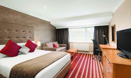 Dover: Standard Double Room for Two with Breakfast and Option for ThreeCourse Dinner at 4* Hotel Dover
