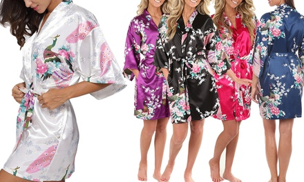 1 ou 2 kimonos Geisha en satin, tailles et coloris au choix dès 16,90 € (jusqu'à 63% de réduction)