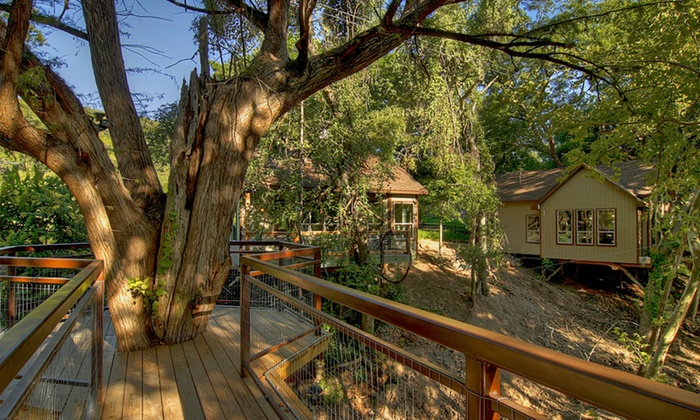 River Road Treehouses Treehouse Cabins In Texas Groupon