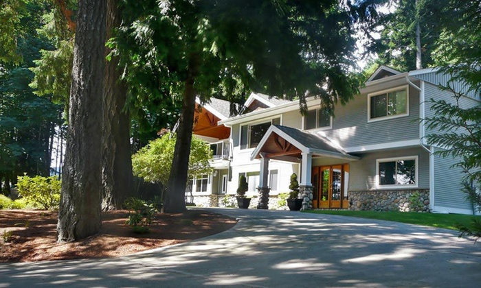 Maple View Bed & Breakfast - Nanaimo: Two-Night Stay for Two at Maple View Bed & Breakfast in Greater Vancouver, BC