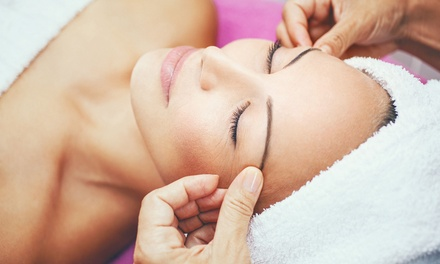 Deep Pore Cleansing Facial or Signature Facial at Faith Aesthetics (Up to 46% Off)