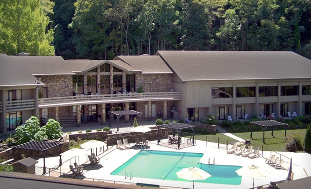 Fontana Village Resort - Fontana Dam,	NC: Stay at Fontana Village Resort in Great Smoky Mountains, NC, with Dates into December