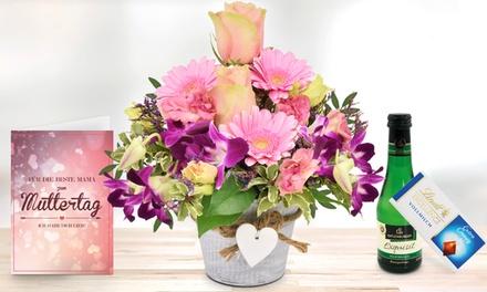 """Blumengesteck """"Beste Mama"""" mit Schokolade, Perlwein und Grußkarte zum Muttertag bei Blumenhaus Ehrend (42% sparen*)"""