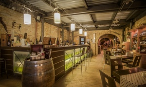 SPAZIOVINO wine bar enoteca: Degustazione di vini con tagliere e dolce per 2 o 4 persone da Spaziovino Wine Bar Enoteca (sconto fino a 68%)
