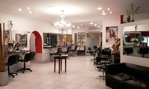 Vía Alvear Hair Boutique: Desde $239 por alisado keratínico + lavado + brushing con opción a corte en Vía Alvear Hair Boutique
