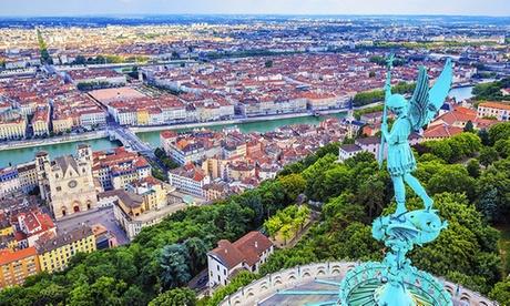 Lyon: 1 a 3 noches para 2 personas con desayuno, cóctel o paquete romántico como opción en el Best Western Richelieu.