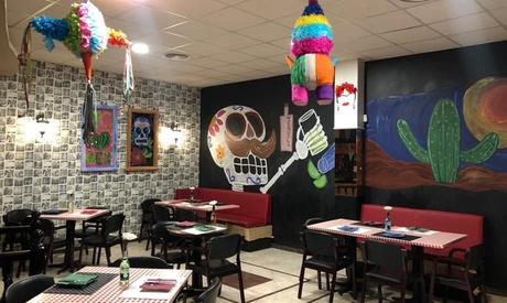 Menú mexicano para 2 personas con entrantes, cazuela, postre y bebida por 26,95 € en Restaurante Los Mexicanos