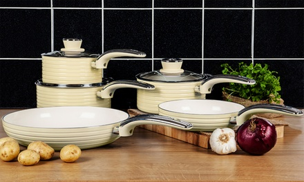 Swan RetroStyle FivePiece Aluminium Pan Set in Choice of Colour for £36.98