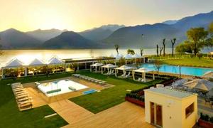 SEVEN PARK HOTEL: Ingressi alla piscina esterna con light lunch per 2 o 4 persone sul Lago di Como da Seven Park Spa (sconto fino a 50%)