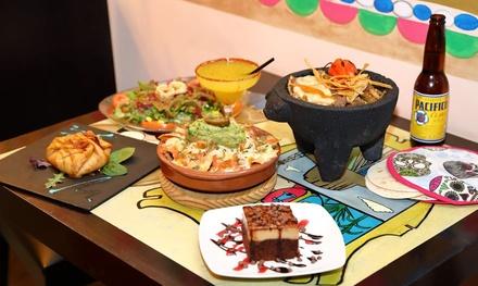 Menú mexicano para 2 o 4 con entrante y principal en La Venganza de Malinche Zona Cánovas (con 57% de descuento)