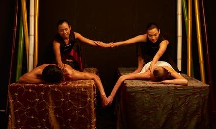 """Ritual de masaje tailandés en pareja """"Plata"""", """"Oro"""" o """"Platino"""" desde 55 € en Thai Room Spa"""