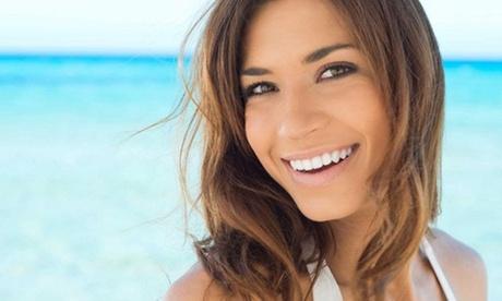 Limpieza bucal con opción a 1 o 2 blanqueamientos led en Clínica Odontológica María Marenco (hasta un 92% de descuento)