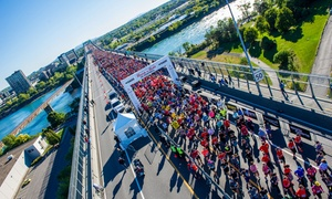 Marathon Oasis Rock 'n' Roll de Montréal: Entry to the Rock 'n' Roll Oasis 5K, 10K, Half-Marathon or Marathon Races in Montreal on Sep 23 or 24 (Up to 23% Off)