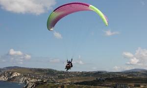 Parapente Barinatxe: Vuelo en parapente con piloto titulado, foto y vídeo para una o dos personas desde 49,95 €