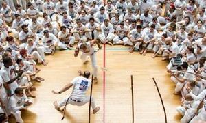 Abadà Capoeira: 10 o 20 lezioni di capoeira da Abadà Capoeira (sconto fino a 90%)