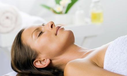 """Huidverbeterende gezichtsbehandeling """"Neoderma Relax Treatment"""" van 60 min. bij GLAM Beauty Studio in Amstelveen"""