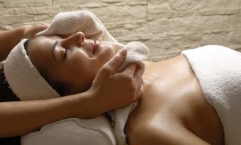 Up to 26% Off Facials at Epiphany Lounge