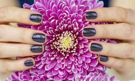 3 manicure e pedicure con semipermanente