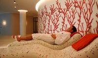 Tageseintritt mit Massage oder Gesichtsbehandlung oder 10er-Karte für The Charles Spa (bis zu 34% sparen*)