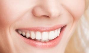 FuturaMedica SRL: Visita, pulizia denti, smacchiamento, sbiancamento led e bite da FuturaMedica (sconto fino a 81%)