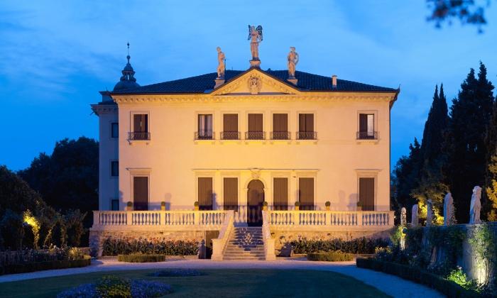 Ingresso e visita multimediale fino a 4 persone alla Villa Valmarana ai Nani (sconto fino a 49%)