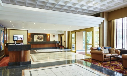 Newcastle upon Tyne: 1Night Stay for Two with Breakfast and Option for Dinner and Wine at 4* Grand Hotel Gosforth Park